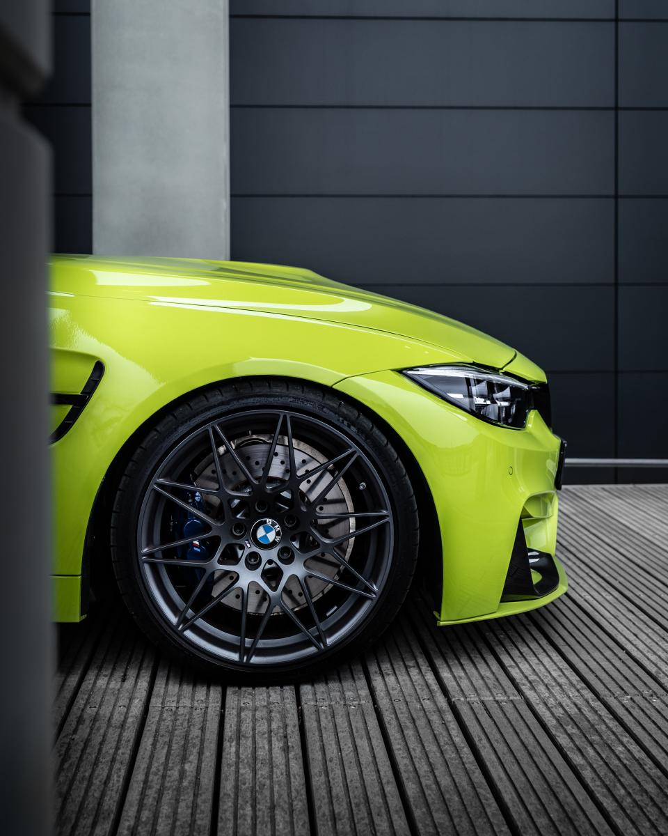 BMW M4 Neon Felix Performance @dschmdt